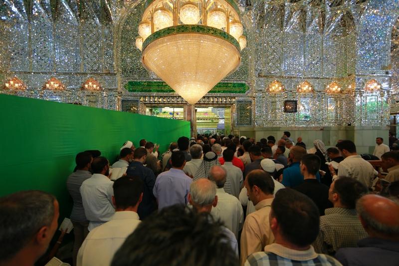 جموع الزائرين المليونية تتوافد على مرقد أمير المؤمنين (ع) في صبيحة أول أيام عيد الأضحى المبارك