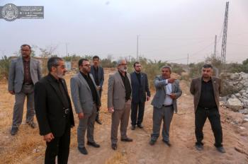 The Secretary General of the Imam Ali (PBUH) Holy Shrine Views the Farming Project Firsthand