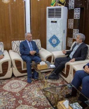 Secretary-General of the Imam Ali (PBUH) Holy Shrine Discusses Methods of Scientific Cooperation with the President of the University of Dhi-Qar