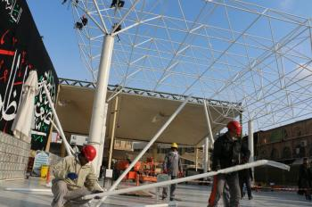 Maintenance Engineering of Imam Ali Holy Shrine starts the installation the lighting of roofing Sahan (Courtyard) Imam Hassan (Peace be upon him) Project.