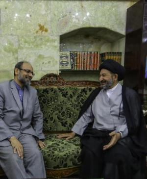 Secretary General of Imam Ali Holy Shrine receives the Iranian Consul in Holy Najaf.