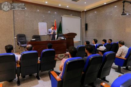 The Communications and Monitoring Division organizes a course in computer maintenance for university students.